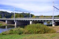 Ponte railway verde Foto de Stock Royalty Free