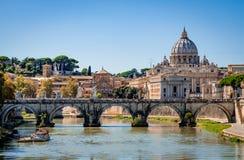 Ponte Sant 'Angelo St Angelo Bridge em Roma foto de stock royalty free