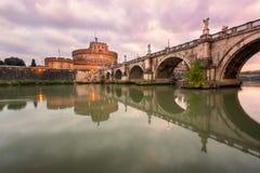 Ponte Sant ` Angelo και Castel Sant ` Angelo το πρωί, Ρώμη, Ι Στοκ εικόνα με δικαίωμα ελεύθερης χρήσης