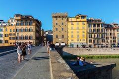 Ponte Santa Trinita i Florence Arkivfoton