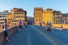 Ponte Santa Trinita i Florence, Italien Arkivfoto
