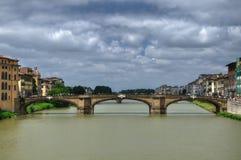 Ponte Santa Trinita sopra Arno Fotografia Stock Libera da Diritti