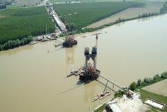 Ponte sob a construção Fotos de Stock Royalty Free