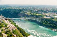 Ponte sobre a beira dos E.U. Canadá Imagem de Stock