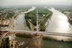Ponte sobre Belgrado - opinião dos pássaros fotos de stock