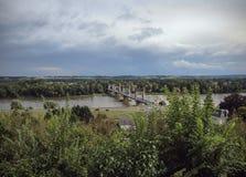 Ponte sobre Loire - Langeais - França fotos de stock