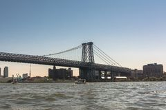 Ponte sobre o East River, Manhattan de Williamsburg, NYC fotografia de stock
