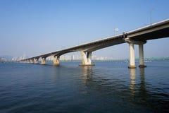 Ponte sobre o rio Imagem de Stock Royalty Free