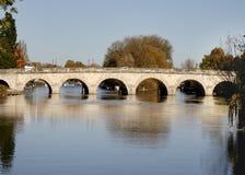 Ponte sobre o rio Tamisa Fotografia de Stock