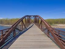 Ponte sopra il fiume Immagine Stock