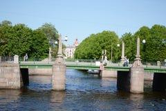 Ponte sopra il fiume di Fontanka Fotografia Stock