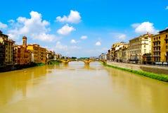 Ponte sopra il fiume Florence Italy Immagini Stock Libere da Diritti