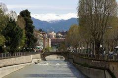 Ponte sopra il fiume a Granada Immagine Stock Libera da Diritti
