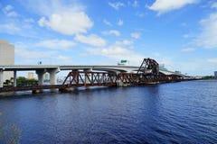 Ponte sopra il fiume St Johns Fotografie Stock