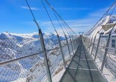 Ponte sospeso sul Mt Titlis in Svizzera Fotografia Stock Libera da Diritti
