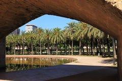 Ponte sotto il vecchio letto Valencia River Rio Turia fotografie stock libere da diritti