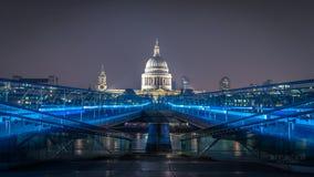 Ponte St Paul Londra britannica catherdral di millennio Fotografie Stock