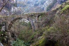 Ponte storico in Manisa, Turchia immagine stock