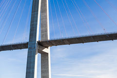 Ponte strallato automobilistico in Norvegia immagini stock