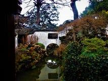 Ponte tradicional chinesa, história, natureza e arte imagens de stock royalty free