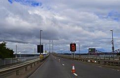 Ponte vazia através adiante do rio Escócia Imagens de Stock Royalty Free