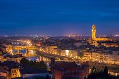 Ponte Vecchio和Palazzo Vecchio,佛罗伦萨,意大利 库存图片