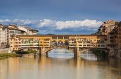 Ponte Vecchio桥梁在佛罗伦萨 免版税库存图片