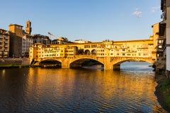 Ponte Vecchio的看法在佛罗伦萨,意大利 图库摄影