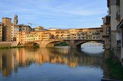 Ponte Vecchio,佛罗伦萨,意大利五颜六色的看法 免版税库存图片