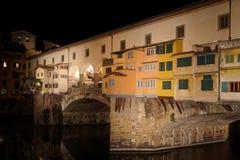 Ponte Vecchio τή νύχτα Στοκ Φωτογραφία