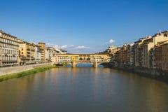 Ponte Vecchio του ποταμού Arno στη Φλωρεντία, Ιταλία στοκ φωτογραφίες