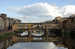 Ponte vecchio. Old famous brigde in florence, italy Royalty Free Stock Photos