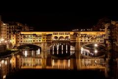 Ponte Vecchio, Arno natt, Florence, Firenze Italien Fotografering för Bildbyråer