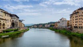 Ponte Vecchio, berühmte alte Brücke in Florenz auf dem der Arno-Fluss, Lizenzfreie Stockbilder