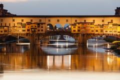 Ponte Vecchio bij zonsondergang, Florence, Italië royalty-vrije stock foto
