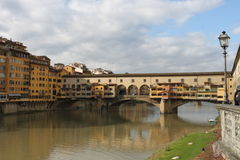Ponte Vecchio Brücke lizenzfreie stockbilder