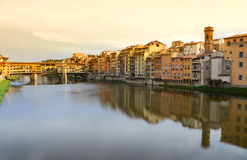 Ponte Vecchio bridge across Arno river Royalty Free Stock Photos
