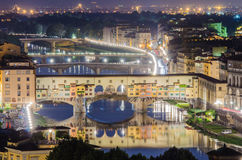 Ponte Vecchio bro Royaltyfria Bilder