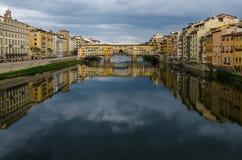 Ponte Vecchio bro - Florence (Italien) Royaltyfri Fotografi