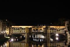 Ponte Vecchio di notte, Firenze Fotografie Stock Libere da Diritti