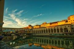 Ponte Vecchio Florence stock afbeeldingen
