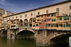 Ponte Vecchio in Florenz Stockfotos