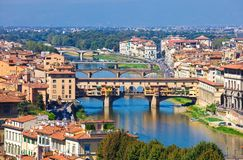 Ponte Vecchio in Florenz lizenzfreie stockfotografie