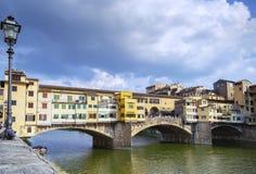 Ponte Vecchio in Florenz Lizenzfreie Stockfotos
