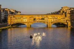 Ponte Vecchio in Florenz Stockbilder
