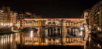 Ponte Vecchio at night Royalty Free Stock Images