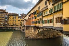 Ponte Vecchio o vecchio ponte a Firenze, Italia Fotografia Stock