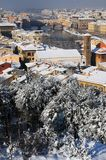 Ponte Vecchio o vecchio ponte Florence Italy con panorama Toscana della neve Fotografia Stock