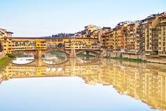 Ponte Vecchio, oude brug, in Florence. Italië Stock Afbeeldingen
