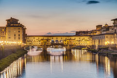 Ponte Vecchio (Oude Brug) in Florence, Italië Stock Foto